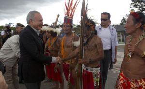 Michel-Temer_indigena